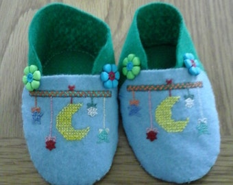 Handmade, Hand stitched baby shoes size 3-6 months