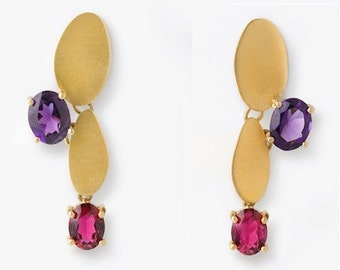18 Kt Brushed Gold, Ruby and Amethyst Earrings