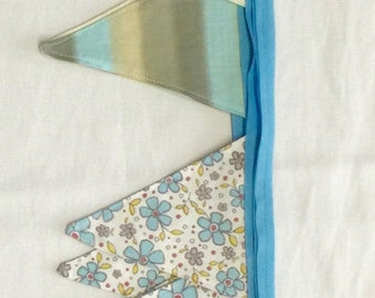 Fabric Bunting, Blue, Cream, Brown & Floral 20 double sided flags 5 Yards