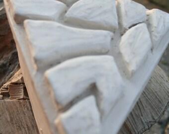 Triangle lidded // stoneware // hand modeled