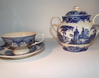 Madison Bay Company Blue and White/Ivory Tea Cup & Sugar Bowl Set Transferware
