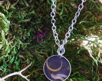 Crescent Moon Hands Spiritual Purity Ring Witchy Witchcraft Small Pendant Necklace