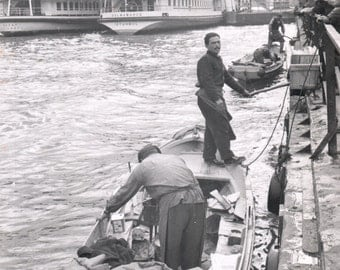 Vintage, travel, historical, photograph, photography, black and white, Nile river, Egypt, 1960s, boat, river