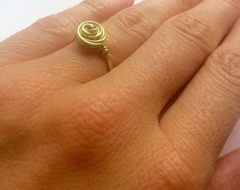 Beautifully detailed wire-wrapped rose ring