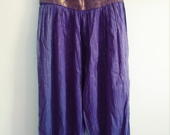 Pants lilac and gold oriental harem.