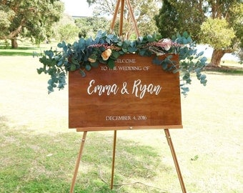 Welcome Wedding Sign. Wooden Welcome Wedding Sign. Rustic Wedding.  Wedding Decorative Sign. Wedding Ceremony Sign.