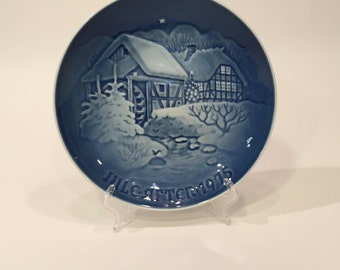 B&G Christmas Plate 1975 ~ Bing and Grondahl Collectors Plate ~ Christmas at the Old Watermill