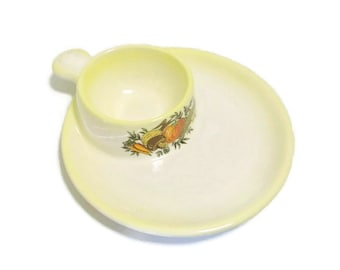 Vintage Veggie Theme Ceramic Snack Plate With Built-In Bowl And Thumb Grip