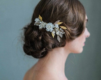 Bridal hair comb - Mystic floral crystal hair comb - Style 716 - Made to Order