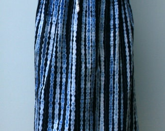B Quality batik look Vintage Indian Skirt with embroidered slit, Hippie Bohemian skirt, blue white cotton woman misses Large straight calf