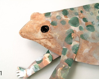 Corsican Painted Frog V2 / articulated decoration
