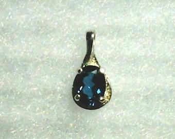 8x6mm London Blue Topaz Gemstone in 925 Sterling Silver Pendant Necklace