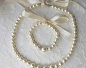 Pearl Necklace Bracelet Set, Flower Girl Jewelry, Flower Girl necklace, Flower girl bracelet, Bridal Party jewelry, Wedding jewelry
