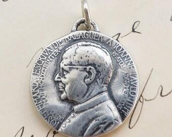 St Josemaria Escriva Medal - Patron of diabetics - Vintage Reproduction