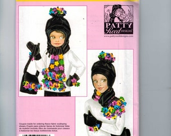 Accessories Sewing Pattern Simplicity 0565 Girls and Misses Winter Fleece Hats Gloves and Scarves Accessories UNCUT