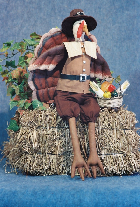 Mailed Cloth Doll Pattern - Dressed Thanksgiving Pilgrim Turkey