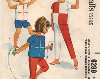 1960s McCall's 6299 Vintage Sewing Pattern Girls Top, Shorts, Pedal Pushers, Capris, Pants Size 6