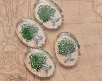 Vintage Glass Intaglio Cabochons - 18x25 mm Deep Green Flower Basket Reverse Painted Shabby Chic (4 pc)