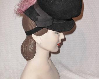 30s 40s Vintage Black Felt Tilt Hat with Pink Ostrich Feather
