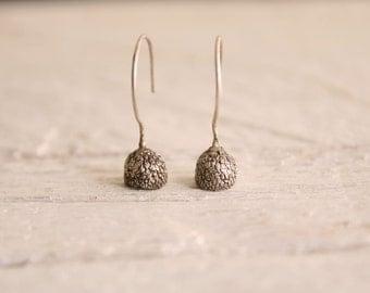 Woodland earrings-Sterling silver acorn earrings-Dangle earrings-Nature jewelry-Forest jewelry-Bohemian earrings-Gift for her
