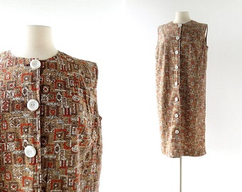 60s Shift Dress / Medieval Heraldry / Novelty Print Dress / 1960s Dress / Large L