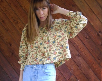 Liberty Floral Printed Faded Goldenrod Button Down Crop Blouse Top - Vintage 90s - MEDIUM M