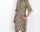 Pretty Tan Floral 1940's Day Dress