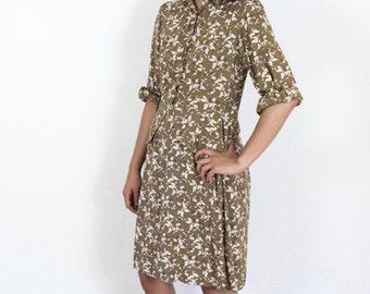 Pretty Tan Floral 1940's Day Dress