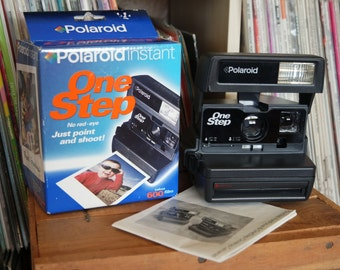 Polaroid OneStep Camera with Original Box & Instructions - Film-Tested and Working