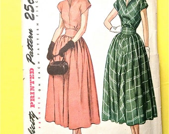 Simplicity 2404 ©1948 Misses' One-Piece Dress  standing revers  gathered skirt   fitted bodice  inset belt Vintage Sewing Pattern Bust 30