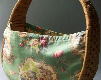 Vintage Sewing Basket ~ Knitting Basket ~ Wicker & Fabric Tote