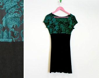Vintage 1990s Mesh/Velvet Green Damask Short Sleeved Dress