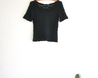 1970s Scoop Neck Crotchet Sweater