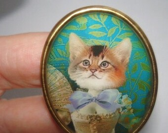 Cat with Bow Vintage Jewelry Animal  Brooch