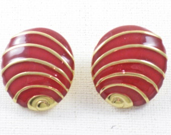 Vintage Napier Gold Tone Red Enamel Pierced Post Earrings (E-2-1)