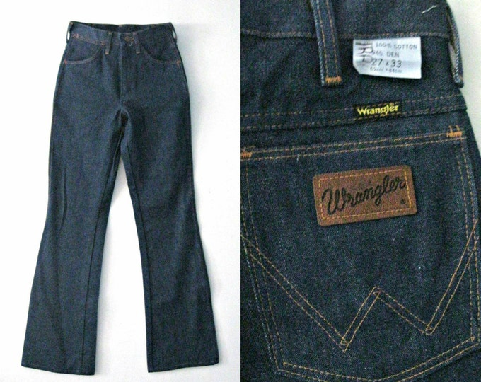 Vintage 70s Wrangler blue jeans / Western Rustic Boho dark denim Wrangler jeans 27 x 33