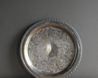 Vintage Silver Tray III - Round Platter or Serving Tray - Wm A Rogers Silverplate