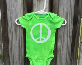 Peace Sign Baby Bodysuit (3 months), Green Peace Baby Bodysuit, Gender Neutral Baby Gift, Baby Boy Peace Sign, Baby Girl Peace Sign