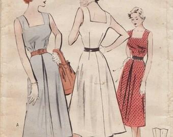 Butterick 5331 / Vintage 50s Sewing Pattern / Dress Sundress / Size 16 Bust 34