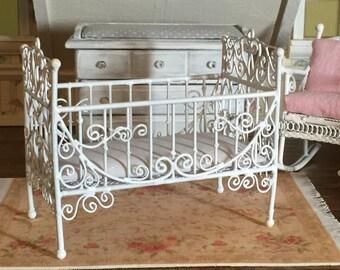 Miniature White Metal Crib, Dollhouse Miniature Furniture, 1:12 Scale, Dollhouse Nursery Decor, Miniature Crib, Dollhouse Accessory