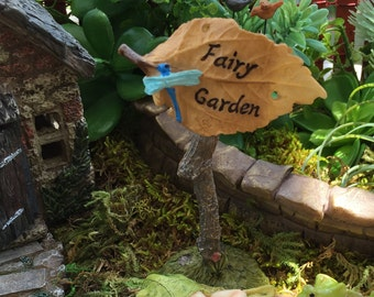Miniature Fairy Garden Leaf Sign With Dragonfly, Style 4249, Fairy Garden Sign, Fairy Garden Accessory, Miniature Home and Garden