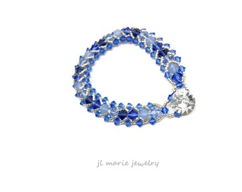 september saphphire birthstone crystal bracelet . swarovski crystal birthstone bracelet . blue . shades of blue . classic blue