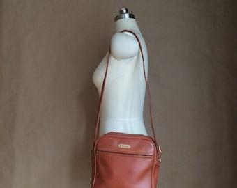 WEEKEND SALE! 70's vintage Samsonite luggage / carry on / tote / luggage / overnight bag / unisex travel bag