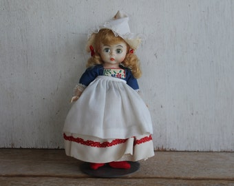 Netherlands 591 // Madame Alexander International Doll // Vintage Madame Alexander Collectible Doll // 8 in. Tall