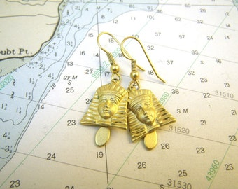 Egyptian Queen Bright Gold Tone Earrings