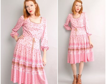1970's Boho Western Dress / Floral Pink Full Skirt / Small
