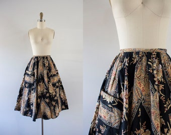 1970s Golden Phoenix autumn flared skirt / 70s victorian print