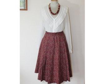 1950s Full Pleated Paisley Skirt Lady Manhattan // Medium
