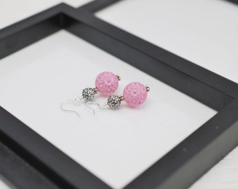 Pink Flower Earrings, Pink Earrings, Pink Lucite Earrings, Light Pink Earrings, Vintage Style Earrings, Pink Drop Earrings, Flower Earrings