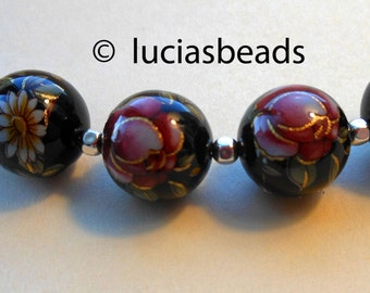 NEW Beautiful  Japanese Tensha Beads Red Rose on Black with Single Daisy 12 MM